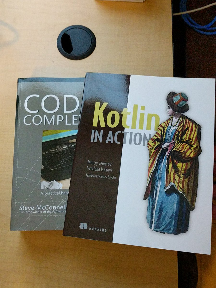 Did someone say door prizes? Two very important books for the budding Android developer. #AndroidDev #kotlin<br>http://pic.twitter.com/4grAw8g1o5