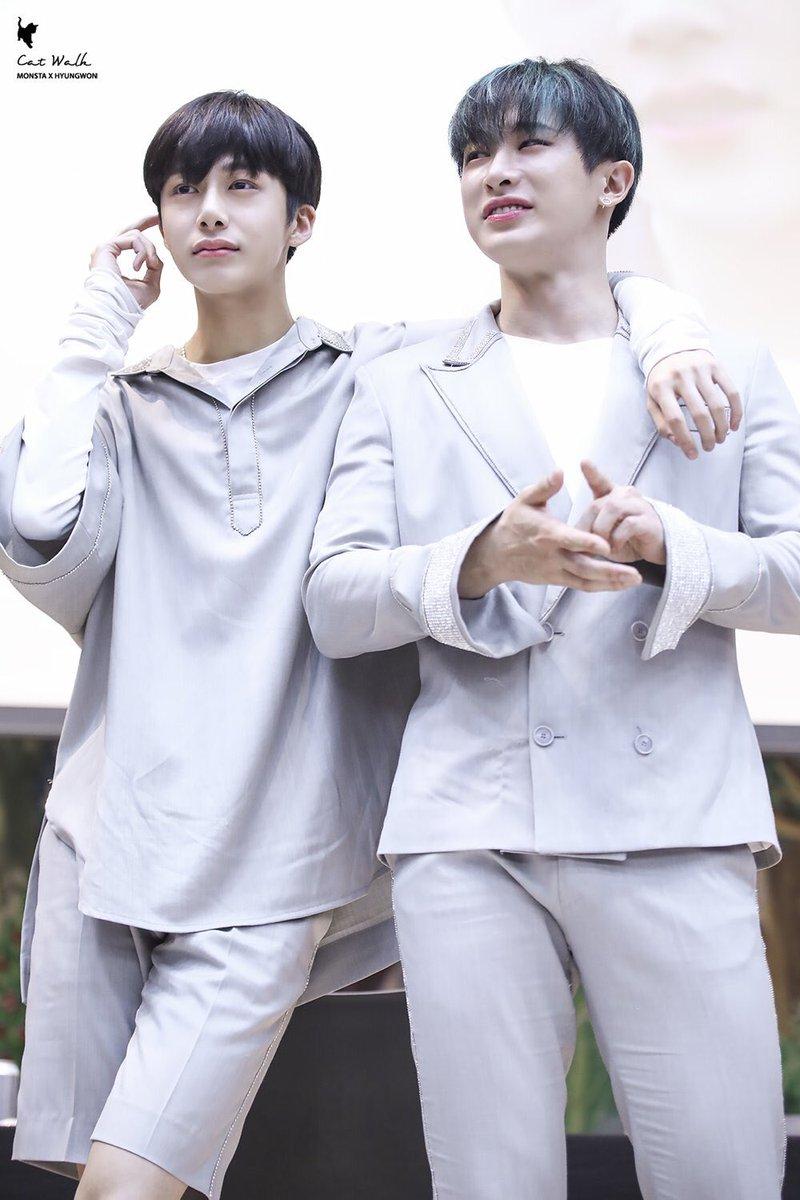 Happy Hyungwonho is a good thing  #MONSTA_X #몬스타엑스  #원호 #형원  #SHINE__FOREVER<br>http://pic.twitter.com/glvEIKzRFY
