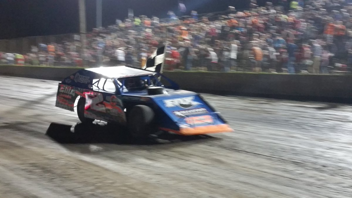 The Deuce of @Nick_Hoffman2 scores his 3rd @SummitRacing Modified @Sum...