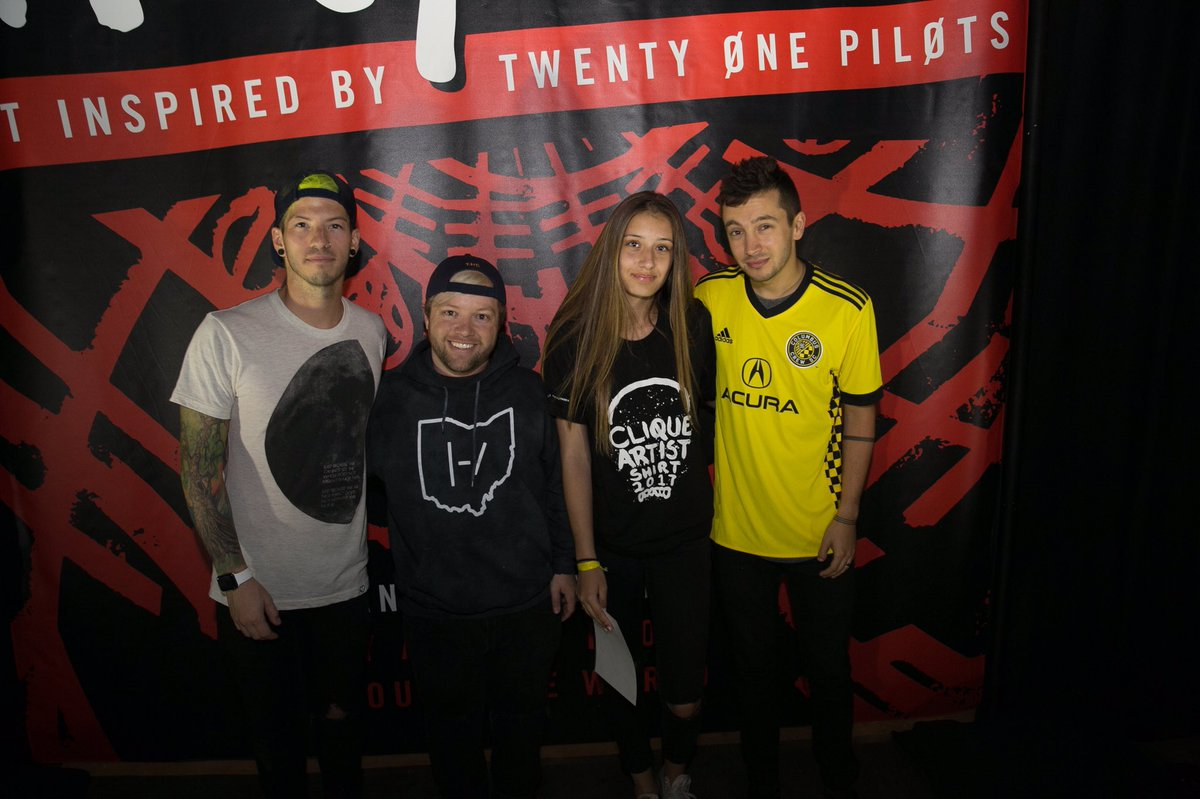 James On Twitter I Met My Favorite Band Todaythis Is The Best