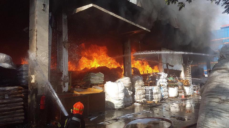 TUAS FIRE UPDATE: Fire under control; 2 people sent to SGH for burn injuries: SCDF