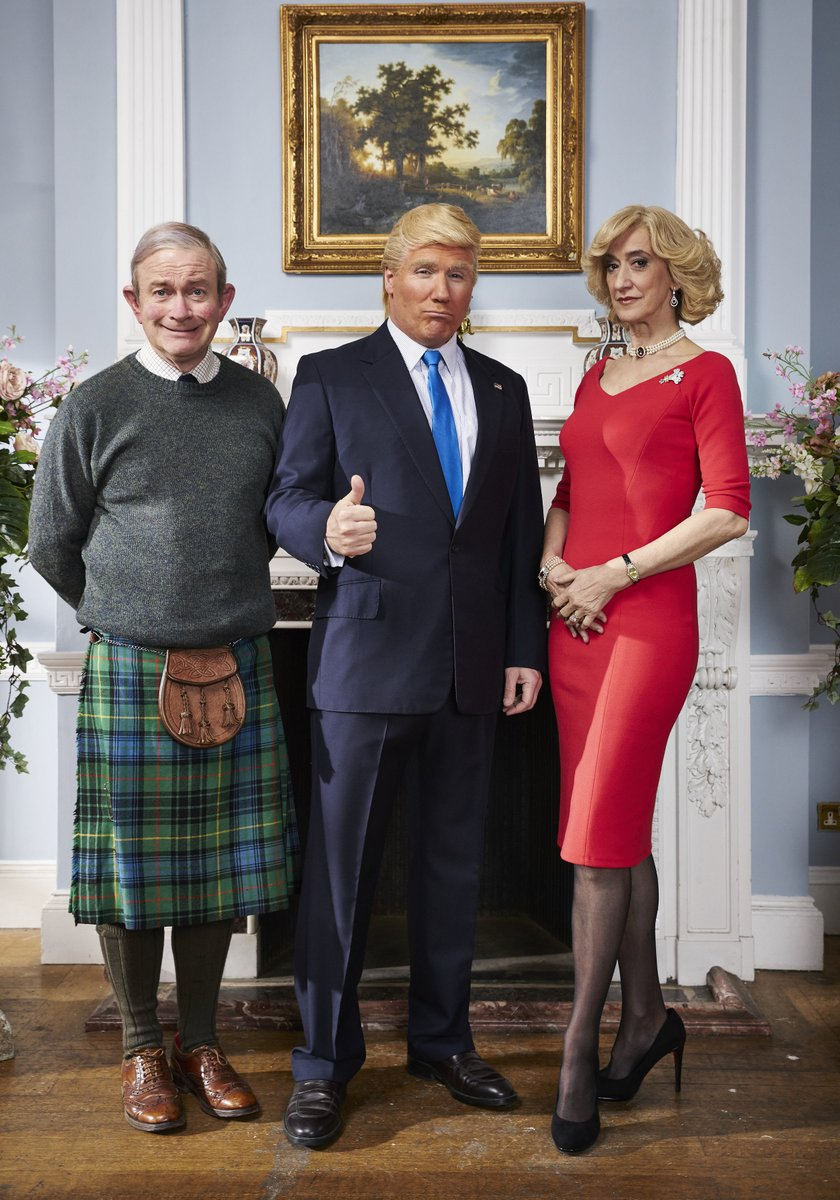 Exclusive picture of former #DoctorWho star Corey Johnson playing Donald Trump in C4 comedy The Windsors https://t.co/JtwBFS1eru