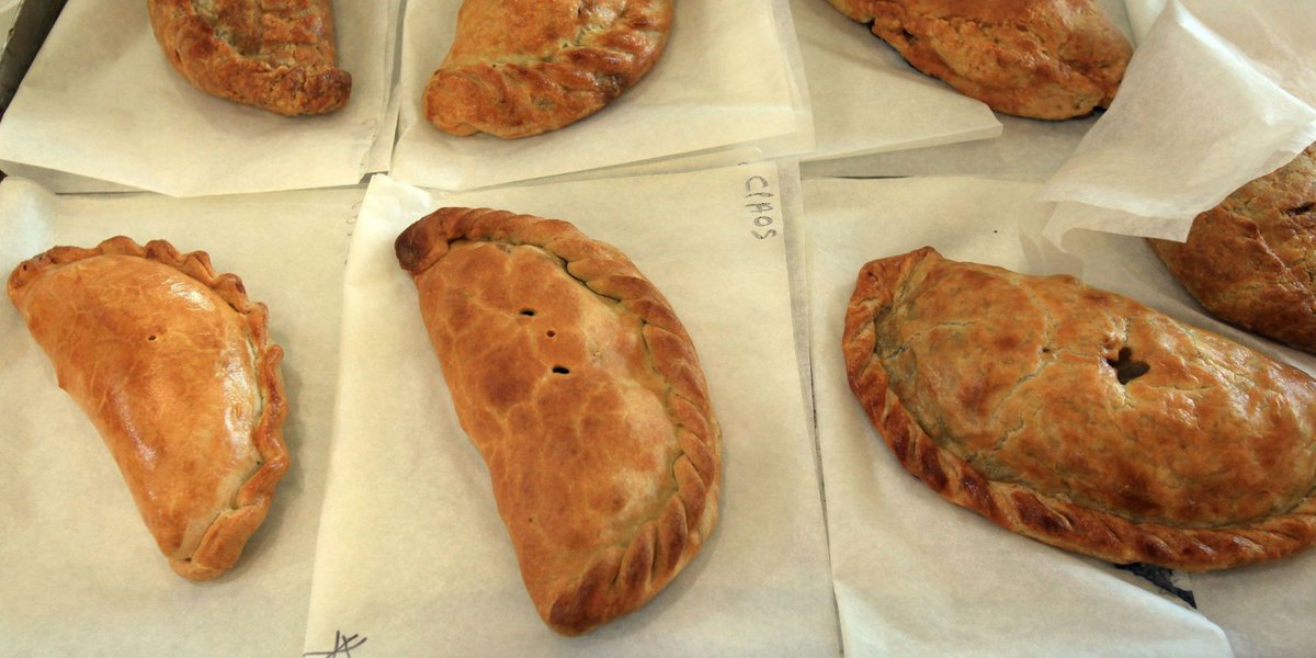 Cornwall and Devon radio stations are at war over pasties  https://t.c...