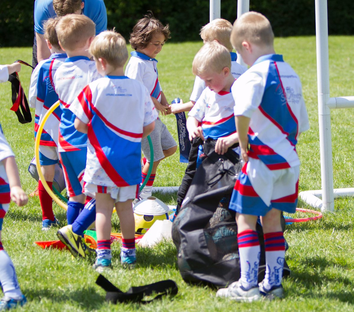 Morning Little Scrummers! Looking forward to seeing you &amp; having lots of #rugby fun on the pitches! #littlescrummers #wearemore #rugbyfamily <br>http://pic.twitter.com/X3CdRgXf61