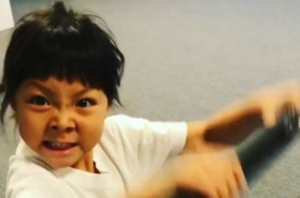 Choo Sung Hoon starts training his daughter Choo Sarang https://t.co/K...
