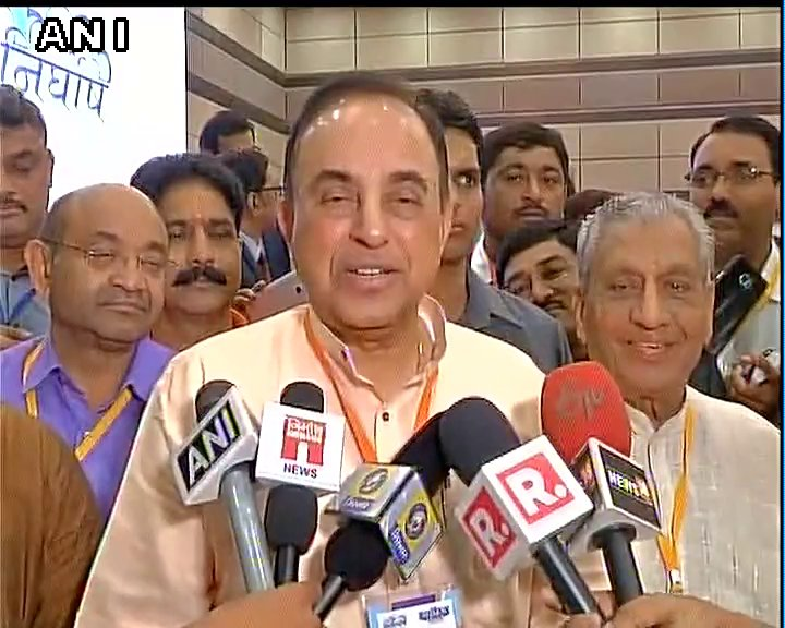 He is illiterate and is unfit for politics: Subramanian Swamy,BJP on #Rajinikanth
