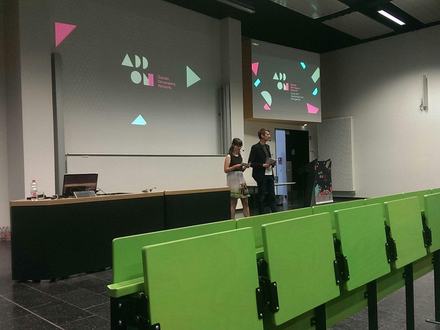 Es geht los! Die erste #ADD_ON an der @HS_Harz ist eröffnet. Erster Speaker wird Peter Holzapfel sein! #gamedev #firsttime #LetsGo https://t.co/Kbj2Q3tHeU