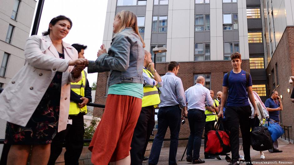 Hundreds evacuated from London towers over safety concerns #GrenfellTower https://t.co/mb1XkPDUzI