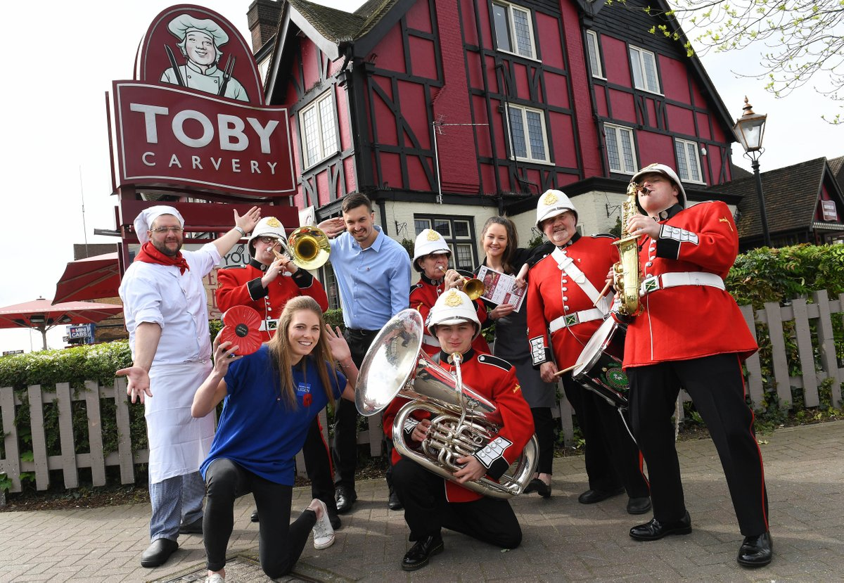 It&#39;s @ArmedForcesDay and @tobycarvery are showing their support, giving away free carveries to military personnel and veterans. #Giving <br>http://pic.twitter.com/M1oKfOJOnc