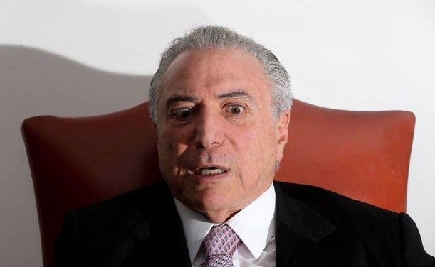 Presidência de Temer está pendurada no nada https://t.co/DwoISgBHuR via @blogdojosias