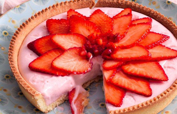 Ricetta Crostata con yogurt e fragole