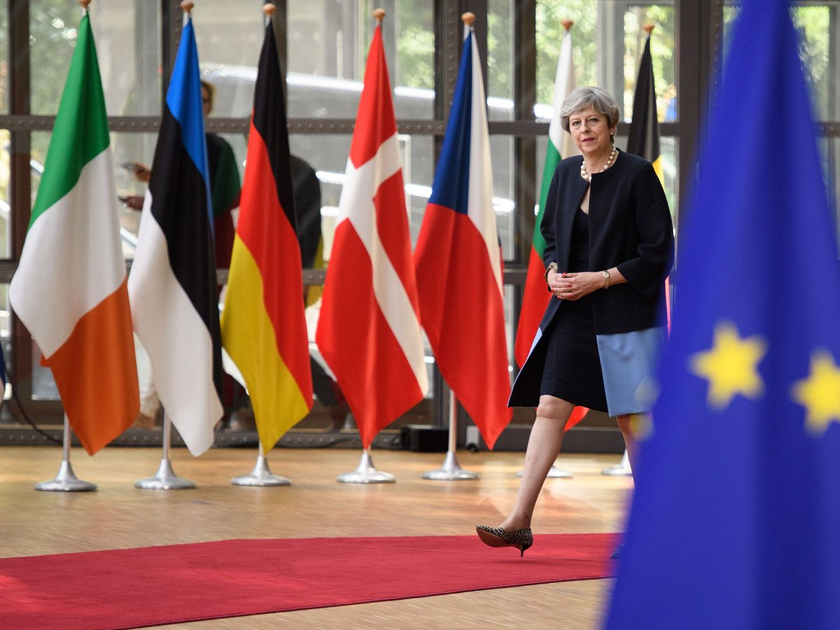 Theresa #May single-handedly blocked plan to guarantee #EU citizens rights after #Brexit, George Osborne reveals  http://www. independent.co.uk/news/uk/politi cs/brexit-eu-citizens-rights-uk-referendum-theresa-may-blocked-plans-home-secretary-george-osborne-a7804461.html &nbsp; … <br>http://pic.twitter.com/PfnXFv7wFg