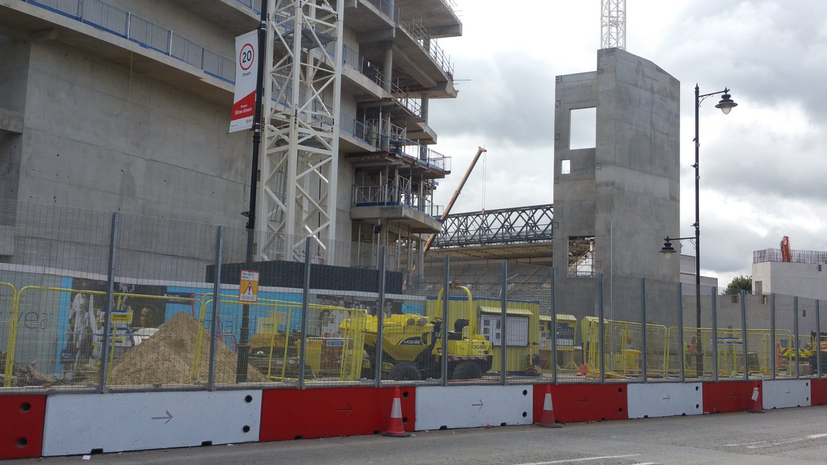 Tottenham&#39;s new stadium is coming along nicely and The Lane only has the South Stand left! #COYS   https:// youtu.be/sHUgIHrfBak  &nbsp;  <br>http://pic.twitter.com/ePjLvotfTR