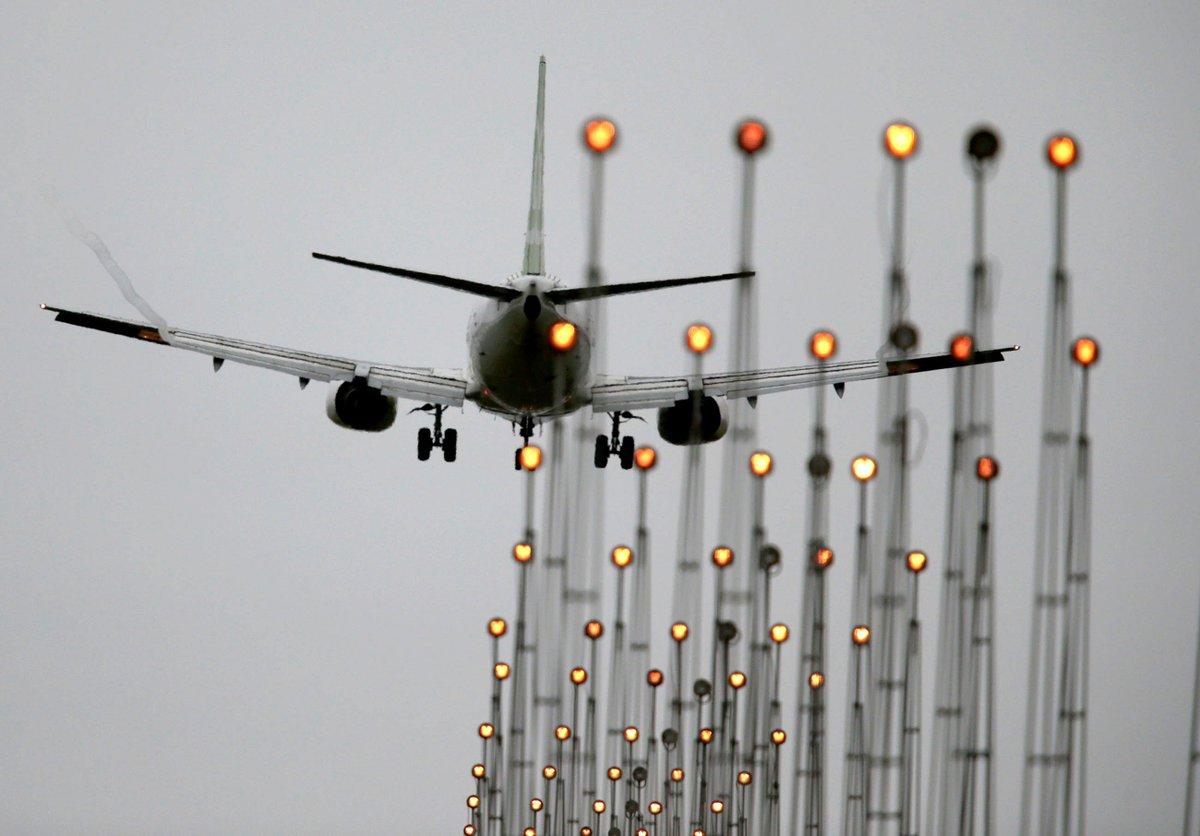 Total de passageiros em voos entre Brasil e EUA cai pelo 2º ano seguido, mostra Anac https://t.co/rIR0BekPVU #G1