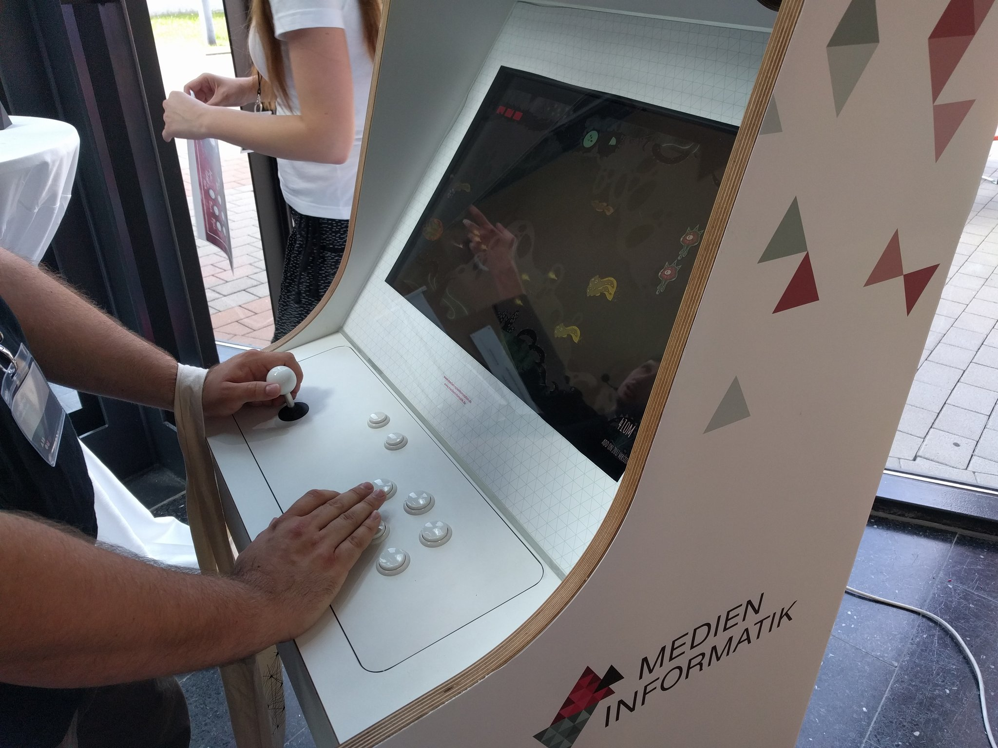 The #arcade machine at @ADD_ON_Conf is up and running! #UnknownOcean #gamedev #indiegame https://t.co/GyyRaBmKva