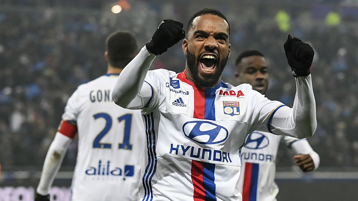 It's looking more and more likely.  Arsenal are ready to break their record transfer fee for Alexandre Lacazette: https://t.co/Hsm4RBqKm4