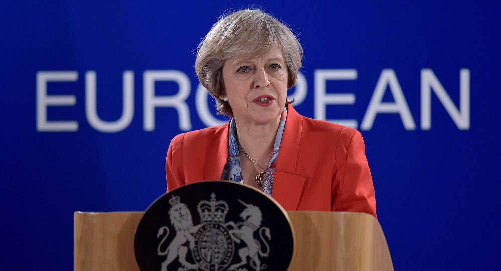 'Late, but welcome step': UK confirms the rights of EU expats  https://t.co/pdzMQTgwAR #Brexit #TheresaMay