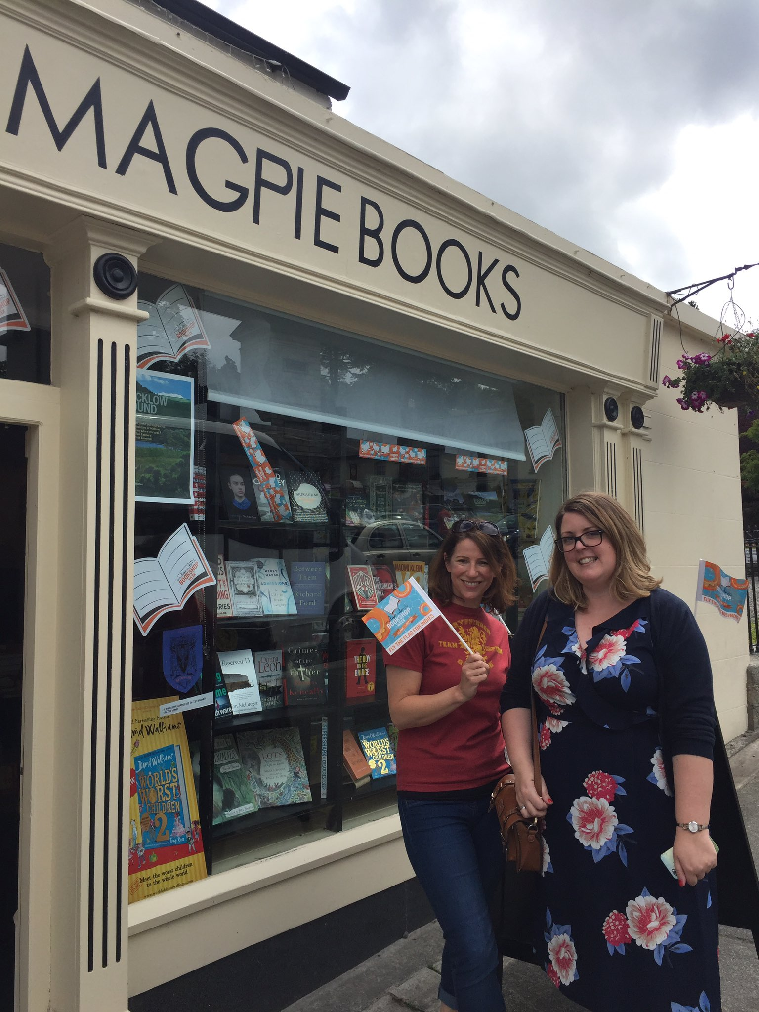 @HazelGaynor and @cathryanhoward also paid us a visit on their #bookshopcrawl They have their itinerary laminated! #IBW2017 #dedication https://t.co/gAV1JHAECK