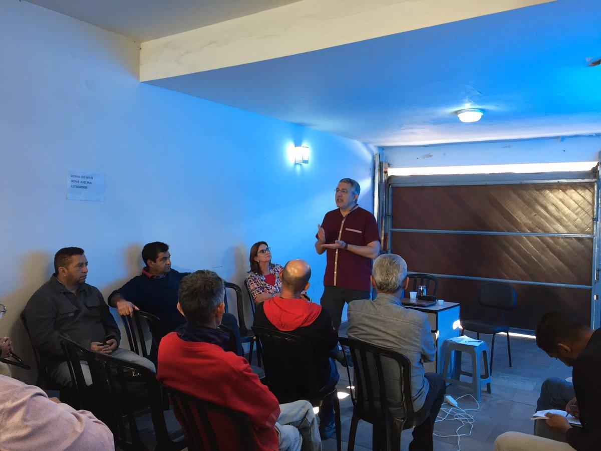 Agora na zona sul de SP debatendo a universalização do SUS! A saúde e direito p/ todos no Brasil!