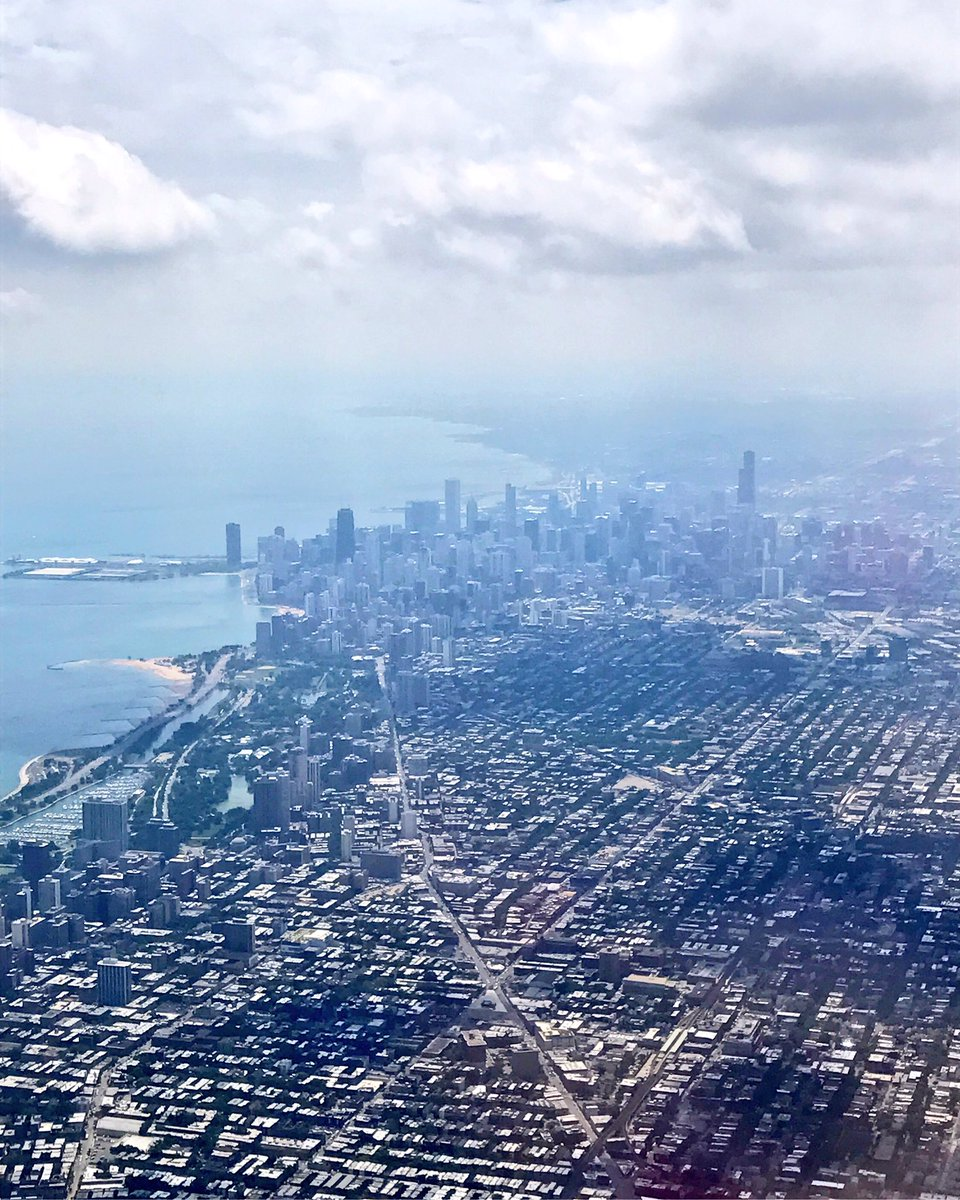 Happy to be home #Chicago! <br>http://pic.twitter.com/KoIylROsDi