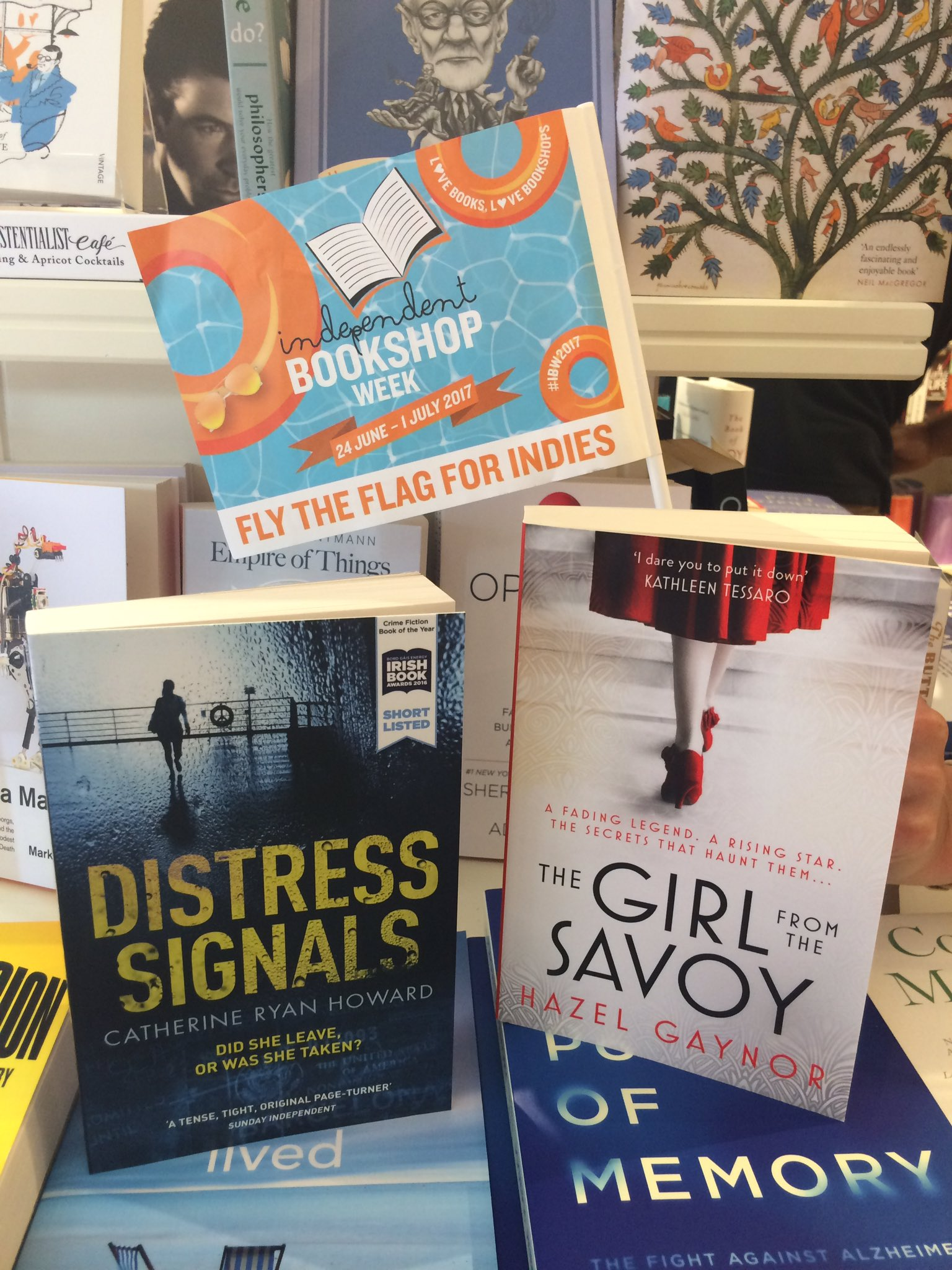 Signed copies of #TheGirFromTheSavoy & #DistressSignals are now in stock @CompanyofBooks! #ibw2017 #ibw17 #Bookshopcrawl https://t.co/xHTSZmL1e1