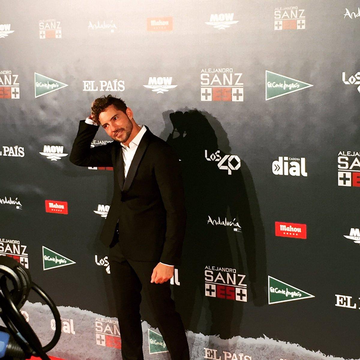 Siempre ha sido un grande este chico! Que elegante @davidbisbal #MásEs...