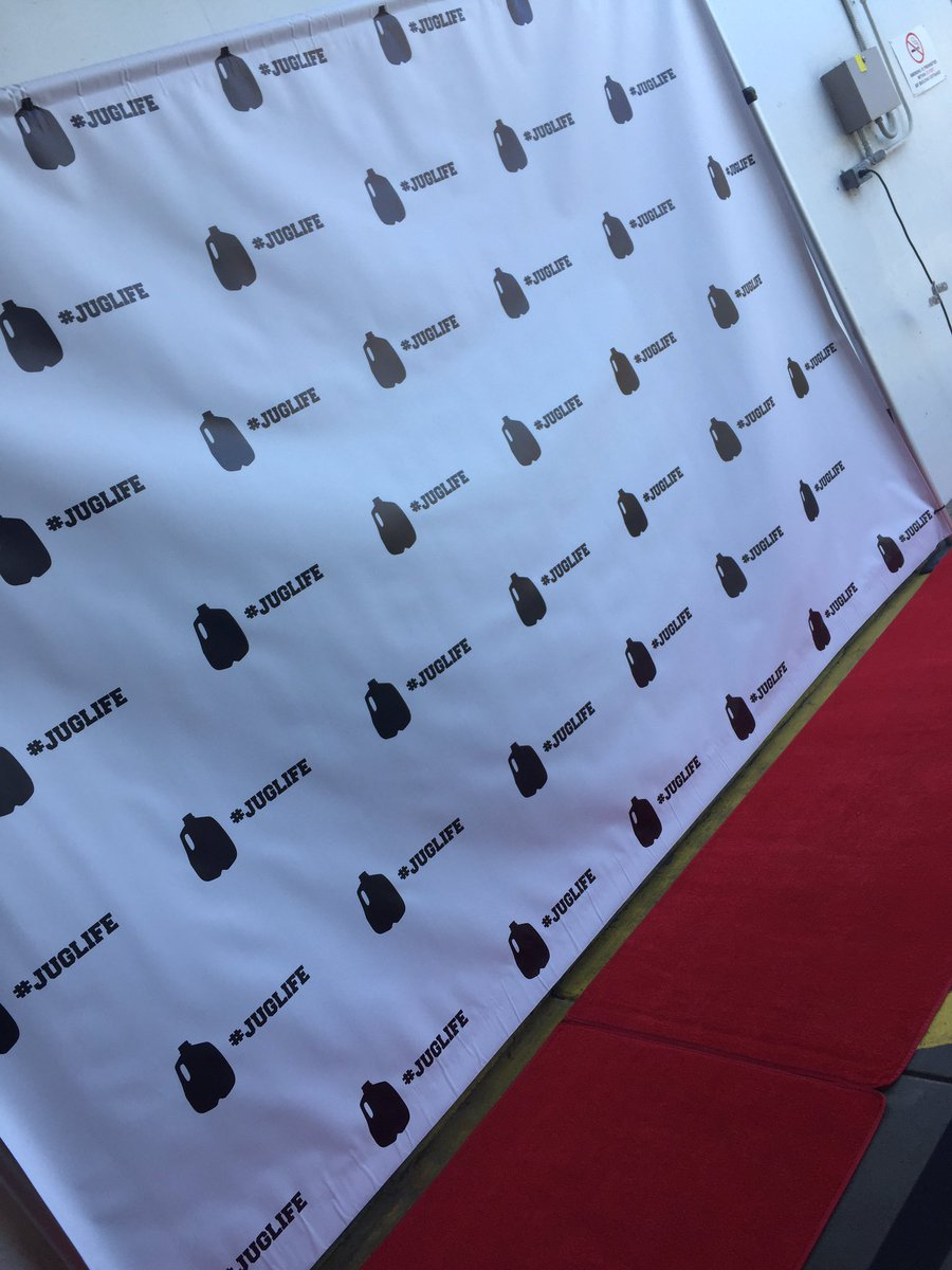 At the #Juglife red carpet getting set for the @JaValeMcGee34 celebrit...