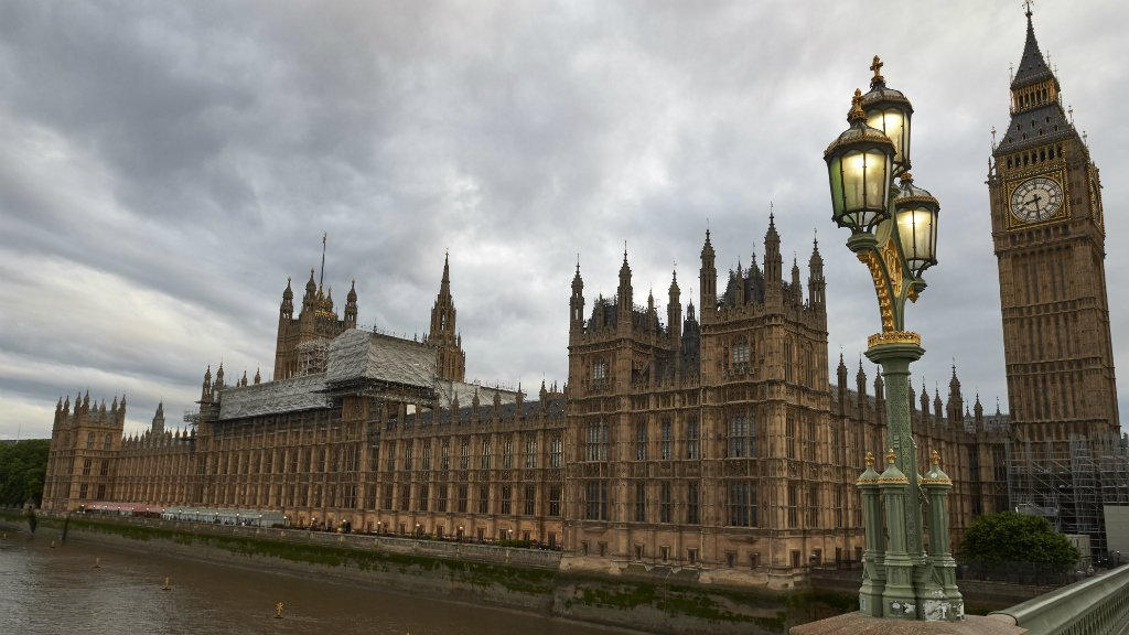 British parliament hit by cyber security attack https://t.co/jq0HyxGf4...