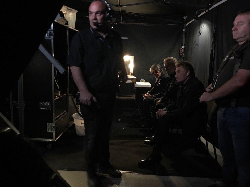 #backstage @tf1 live #lesvieillescanailles @LHallyday @JohnnySjh #Jacq...