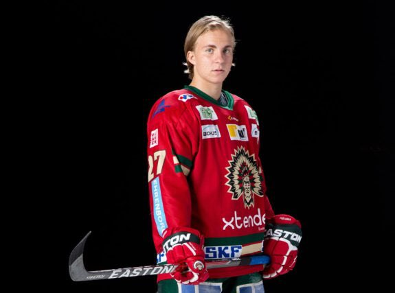58TH OVERALL PICK #CANADIENS HAVE SELECTED (CENTERMAN) JONI #IKONEN FROM FROLUNDA IN #SWEDEN - #MONTREAL #HABS #QUEBEC #NHL #LNH #GOHABSGO<br>http://pic.twitter.com/wfEGcsLJI4