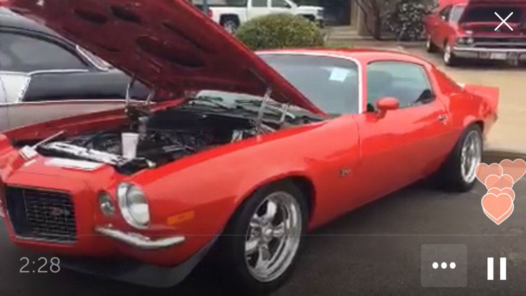 .@Jamie_G13 on #Periscope : Classic #Car Show! Hillsboro Elm Street Rod Run! #GoLive  #Carshow  https://www. pscp.tv/w/bB0rwTI4MDI4 ODl8MXpxSlZBZU9XT1dHQl8Ar2WyCI8snn1k7fz0Ko3aQwjKCzLFT-UuRjib8rNq &nbsp; … <br>http://pic.twitter.com/dYPD3GjfiL