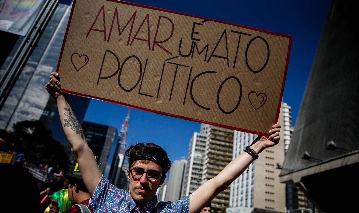 O útero não é tão laico assim na Parada LGBT https://t.co/Y1MSQlBc3s  #geledes #lgbti #estadolaico