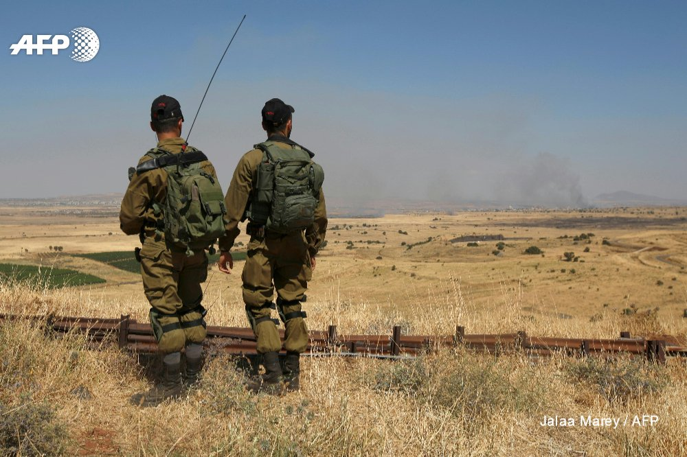 #UPDATE Israel launches air raid on Syria in return for projectile fire: army https://t.co/TbgalsB8rZ #Golan