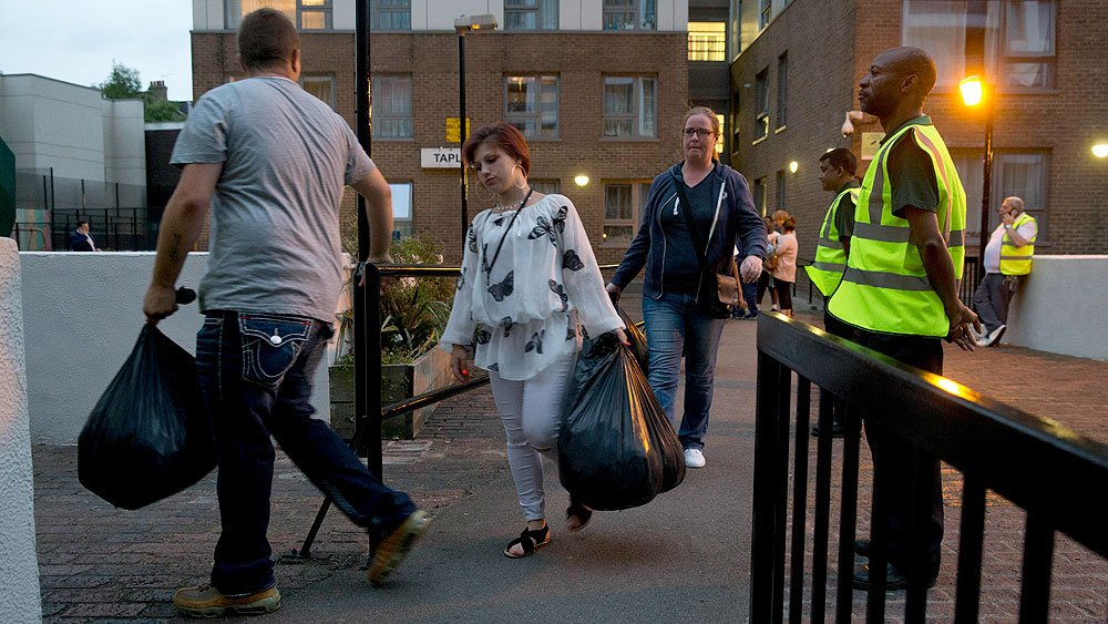 Hundreds evacuated from London high-rises as Grenfell Tower fire fallout widens https://t.co/3eQiCrj7lK