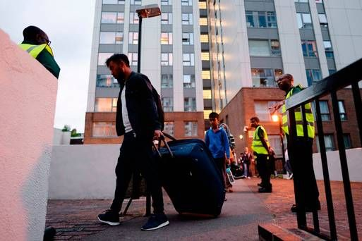 From newborns to war veterans: Hundreds evacuated from tower blocks after Grenfell fire raises cladding concerns  https://t.co/TcvaTsPnQG