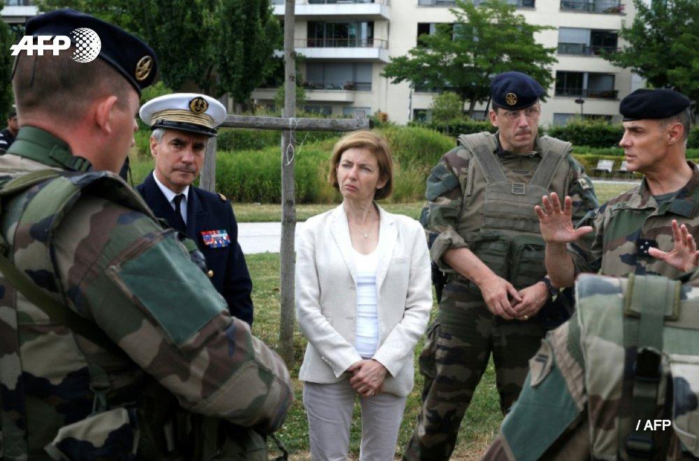 Budget des armées: Florence Parly s'efforce de rassurer les militaires https://t.co/S6UZ3Wjw78 #AFP