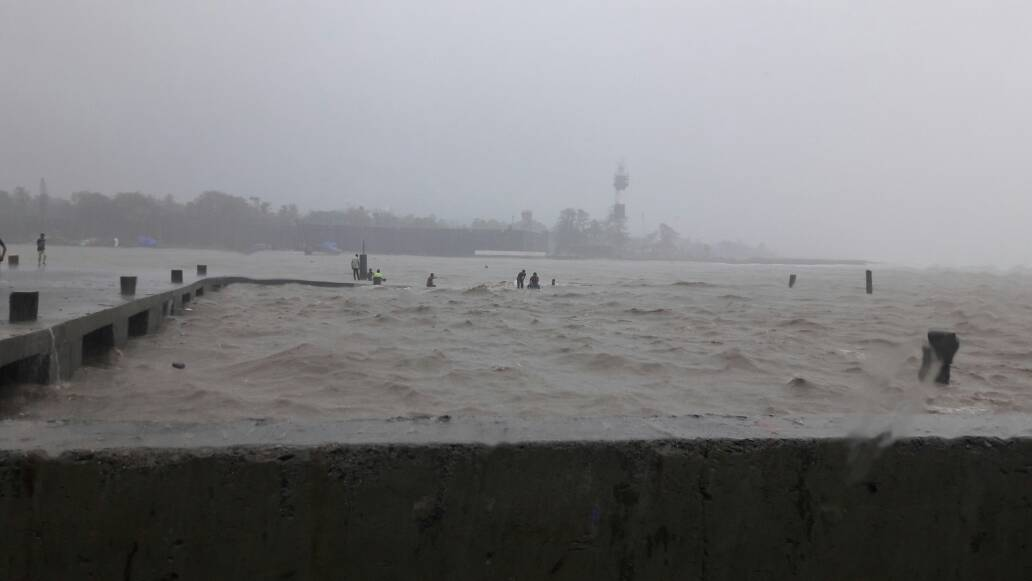 15 rescued from flooded area in Valsad district