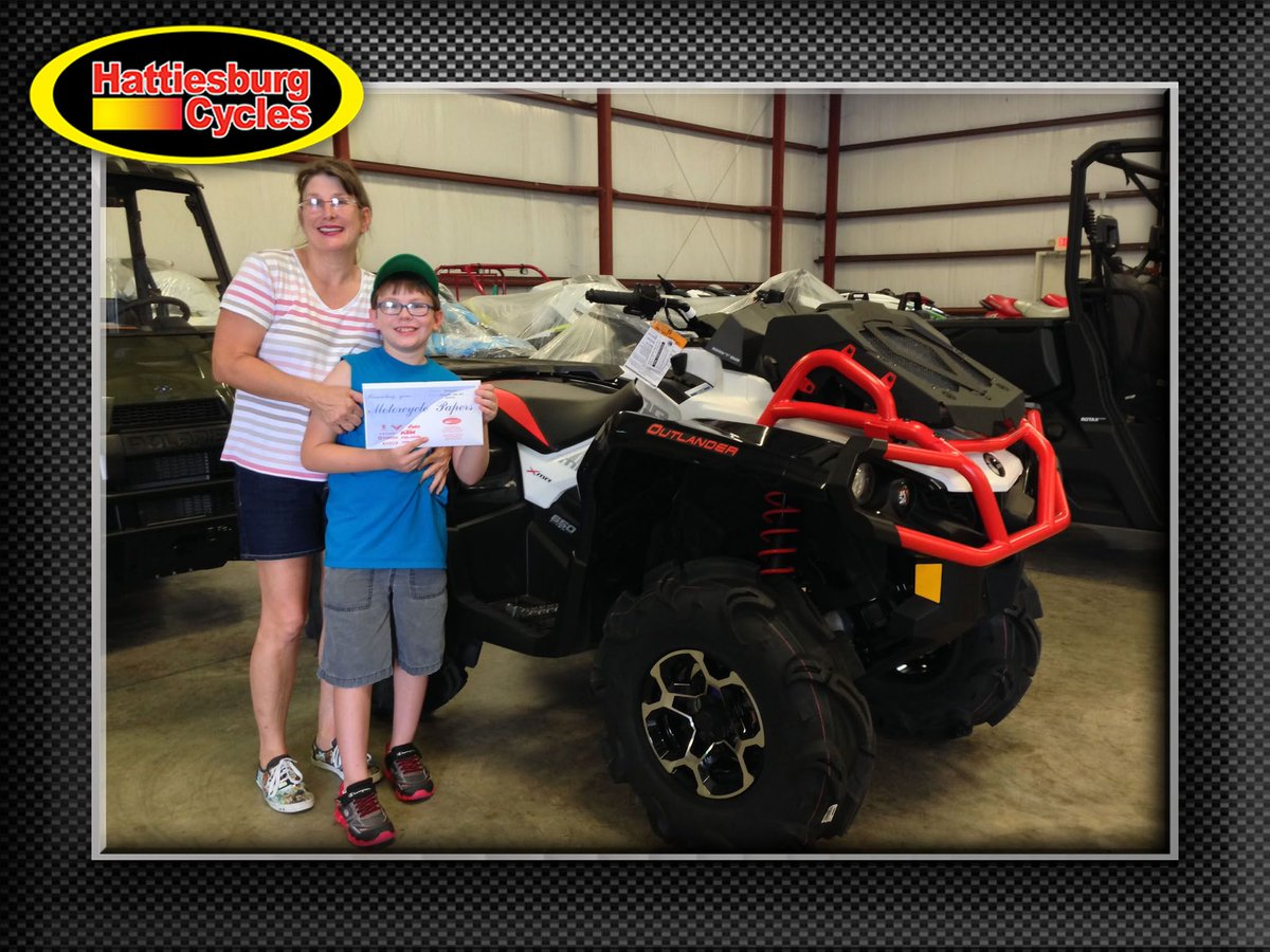 Thank you Cheri and Cyril Rodriguez Jr. from Carriere MS for getting a  2017 Can-Am Outlander Xmr 650 #canam <br>http://pic.twitter.com/f2FuAGn9SN