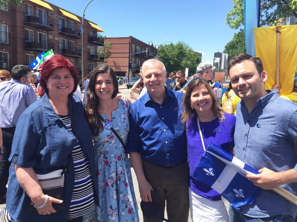 Au défilé de la Fête nationale à Montréal avec plusieurs collègues ⚜️💙...