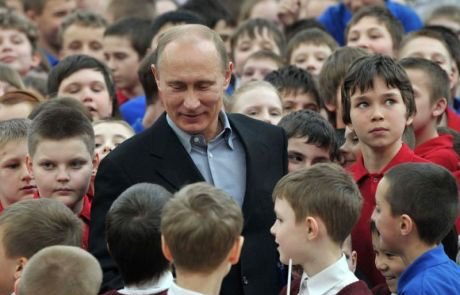 President #Putin visited Artek summer camp in #Crimea today. #Russia<br>http://pic.twitter.com/rRiFyPqVFi