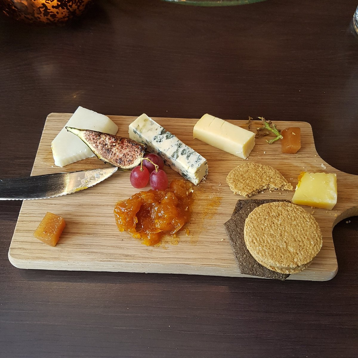 One for you @Knoxovic #cheeseboard <br>http://pic.twitter.com/fyLey2f9ll