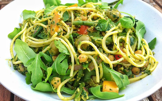 Spaghetti Moroccan Style With Spinach and Walnut Pesto [Vegan, Gluten-Free]