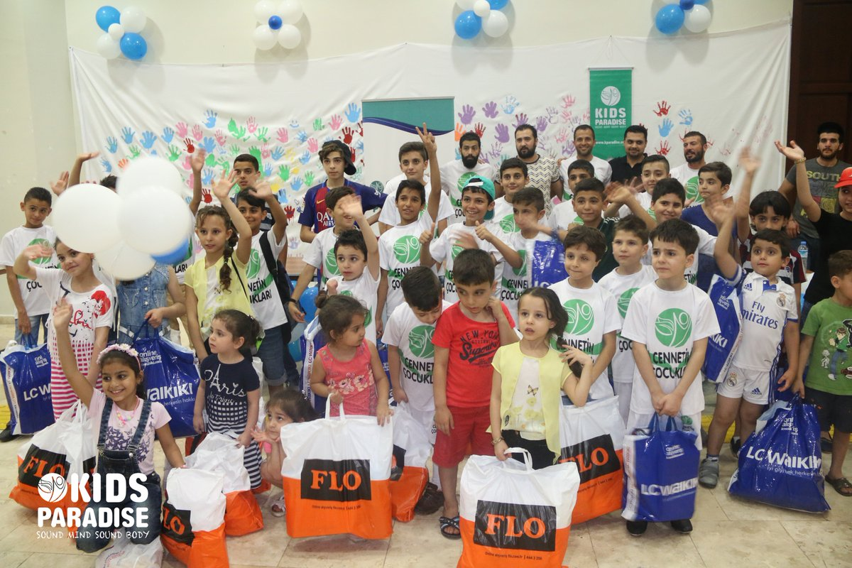 #Eid  is all about #children and making them happy &lt;3   Eid clothes distribution party in Antakya, Turkey. #HappyEid #SMSB<br>http://pic.twitter.com/n9ZYVlucry