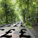 Sheffield is trying out some new lane markings #sheffieldissuper #SaveSheffTrees