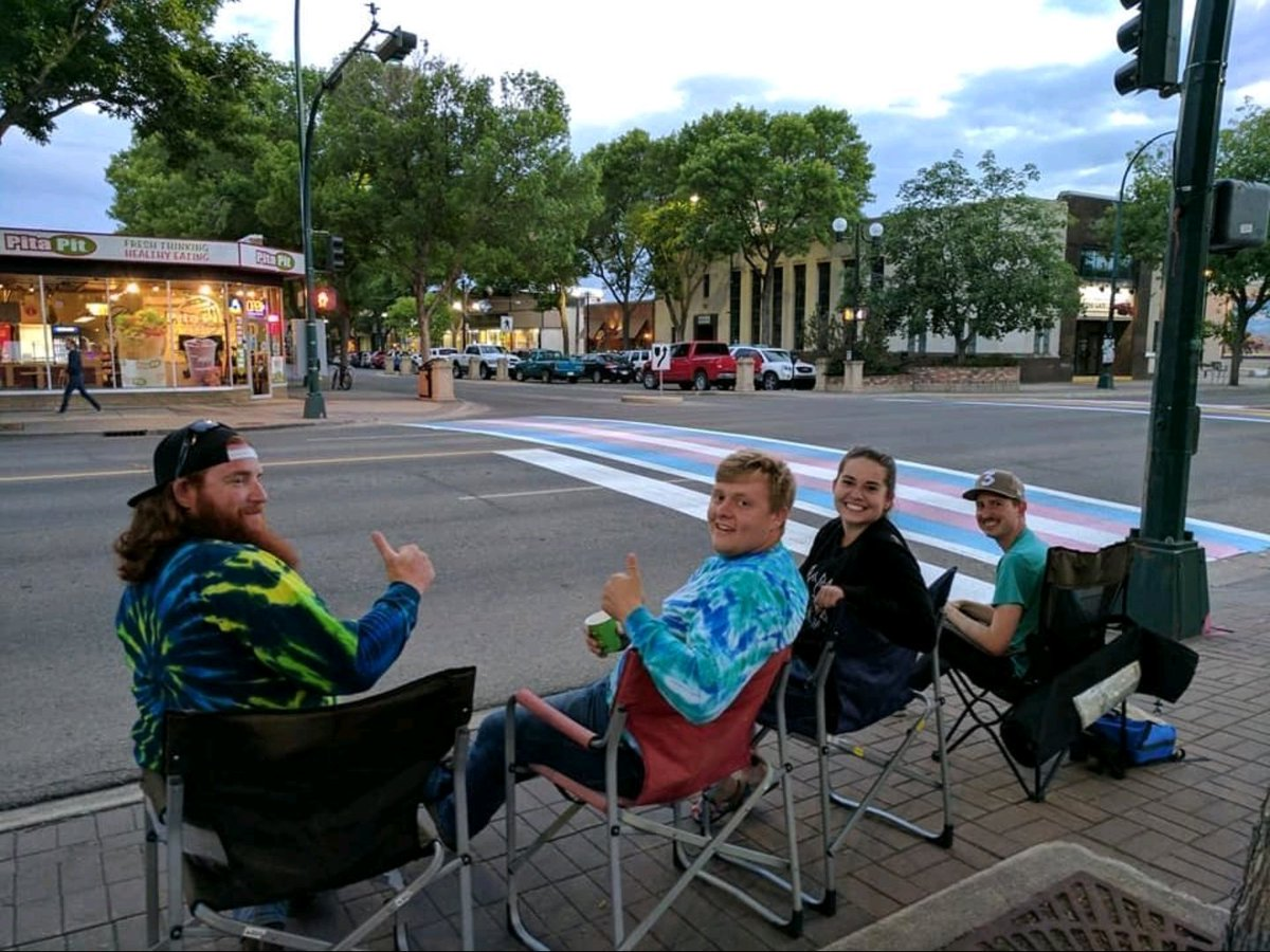 These heroes stayed up all night to make sure nobody vandalized their city's pride crosswalks https://t.co/AdX0FtQLIO