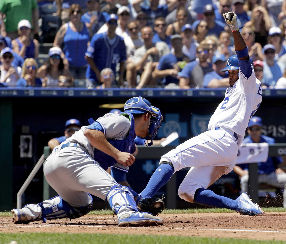 CROWNED IN KC: Alcides Escobar scored a pair of runs as the #Royals ed...