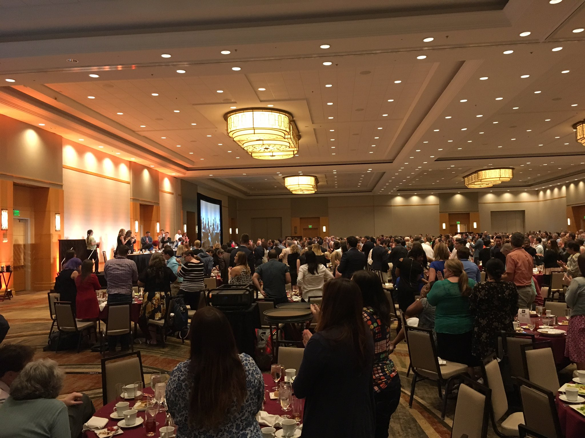 Standing ovation for @nhannahjones at @IRE_NICAR luncheon, as she calls for journalists to be outraged and do something about it. #IRE17 https://t.co/mM9qMzqFc8