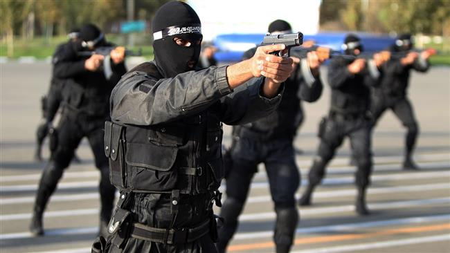 Iran arrests #Daesh-linked terrorists planning attacks in religious cities       http:// ptv.io/2QDE  &nbsp;  <br>http://pic.twitter.com/hQp0mqJVPo