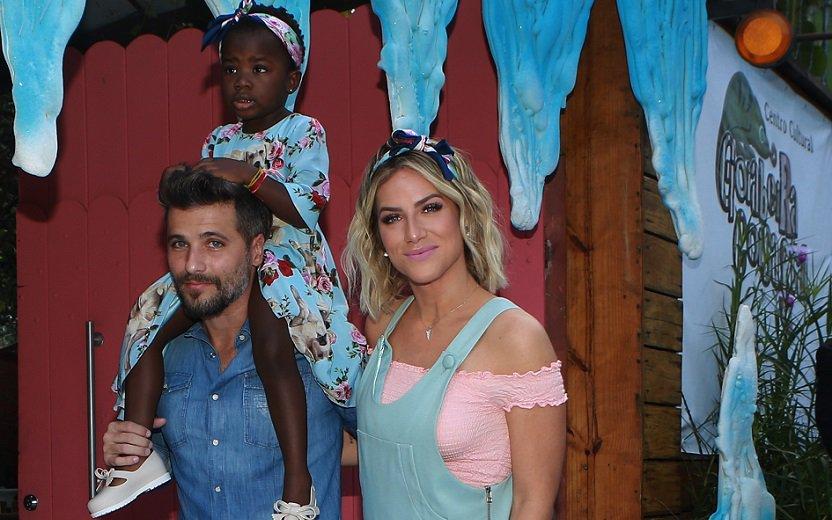 Titi ganha festa de aniversário linda de Bruno Gagliasso e Giovanna Ew...