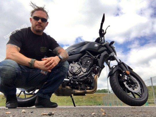 "Lovely Tim Smith ~ My Bike Instructor ""Two Wheels""  Nuneaton http:// tomhardydotorg.tumblr.com / &nbsp;   #tomhardy #legend #RvN #Venom<br>http://pic.twitter.com/wXnGgWZbZ3"